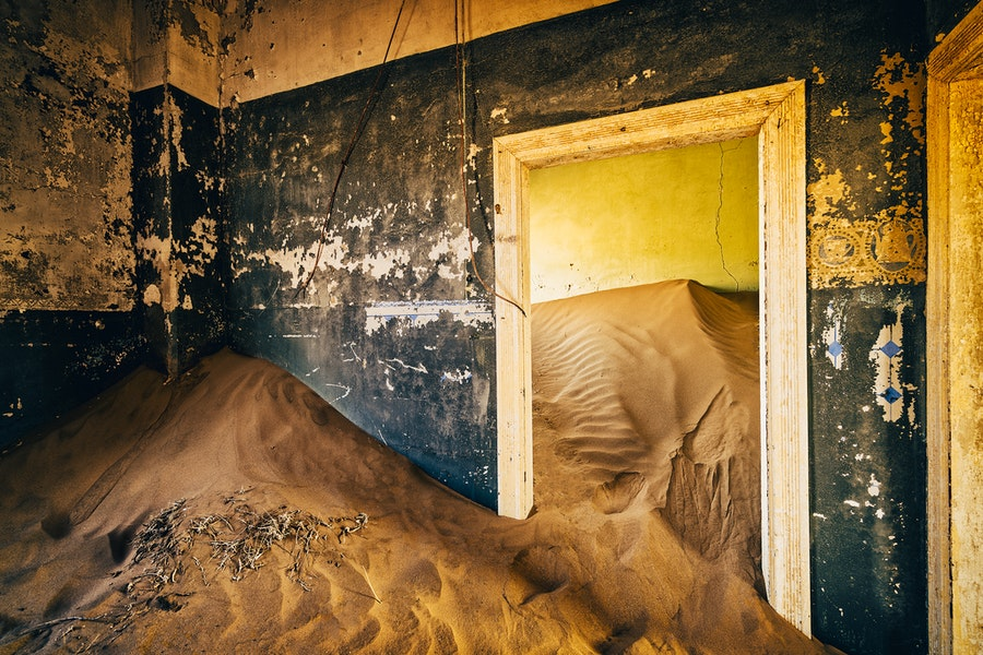 Kolmanskop's ghostly past