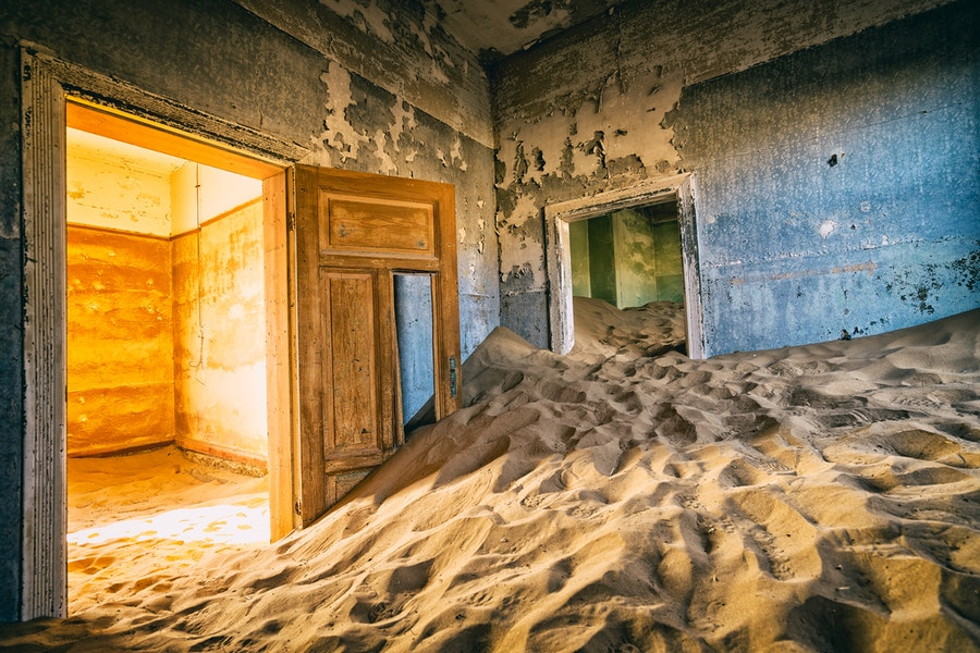 Detail, Color & Light intermingle in the most amazing way in Kolmanskop